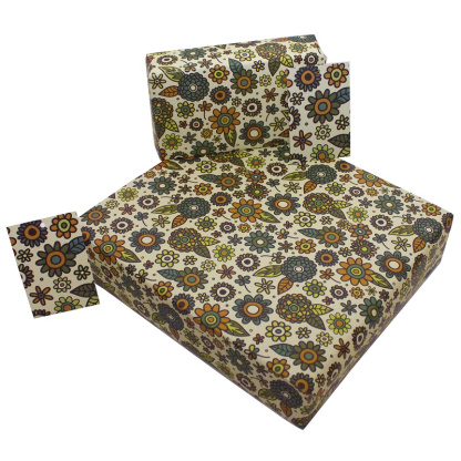 Wrapping Paper - Retro White Flowers